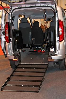 Behindertenfahrzeug verkaufen Rollstuhlrampe