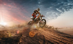 Ein Motocross-Motorrad auf dem Dirt Track