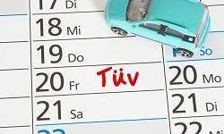 Kalender mit eingetragenem Termin beim TÜV