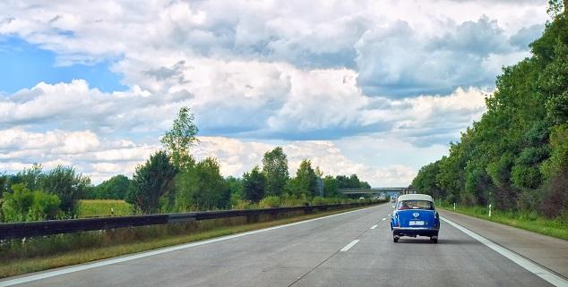 H-Kennzeichen: Oldtimer auf der Autobahn