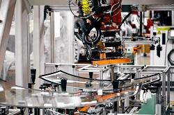 Aufnahme einer Produktionsstraße in einer Hyundai Autofabrik
