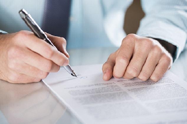 KFZ-Versicherung unterschreiben