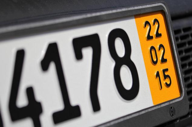 Kurzzeitkennzeichen Auto nach Frankreich verkaufen