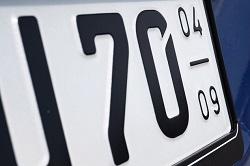 Saisonkennzeichen fürs Winterauto